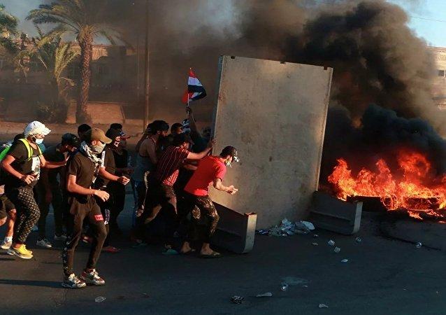 伊拉克抗议者