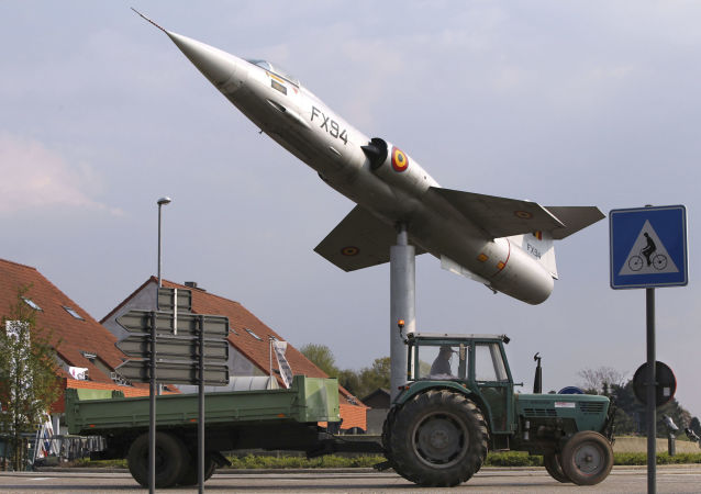 俄外交部:美国应从欧洲撤出核武器以促进局势正常化