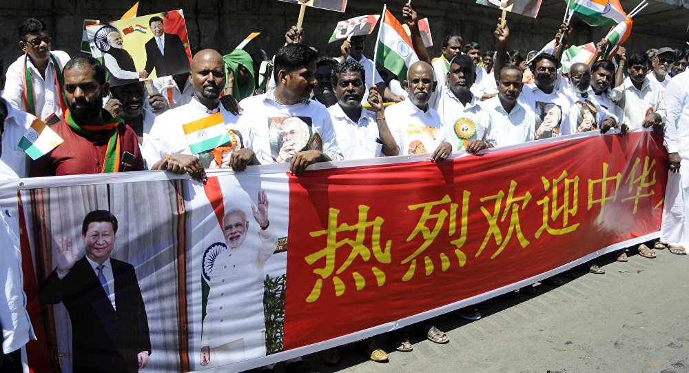 印度总理向中国主席展现马哈巴利普拉姆的古庙