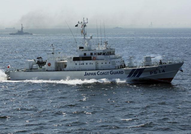 俄太平洋舰队在日本海举行射击演习