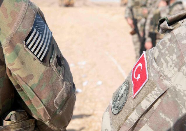 美国政府讨论从土耳其空军基地撤走核武器