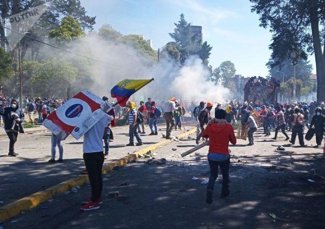 厄瓜多尔抗议活动已致8人死亡 1192人被拘捕