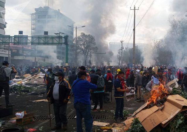 厄瓜多尔驻俄大使:厄瓜多尔抗议活动期间的黑客攻击与莫斯科无关