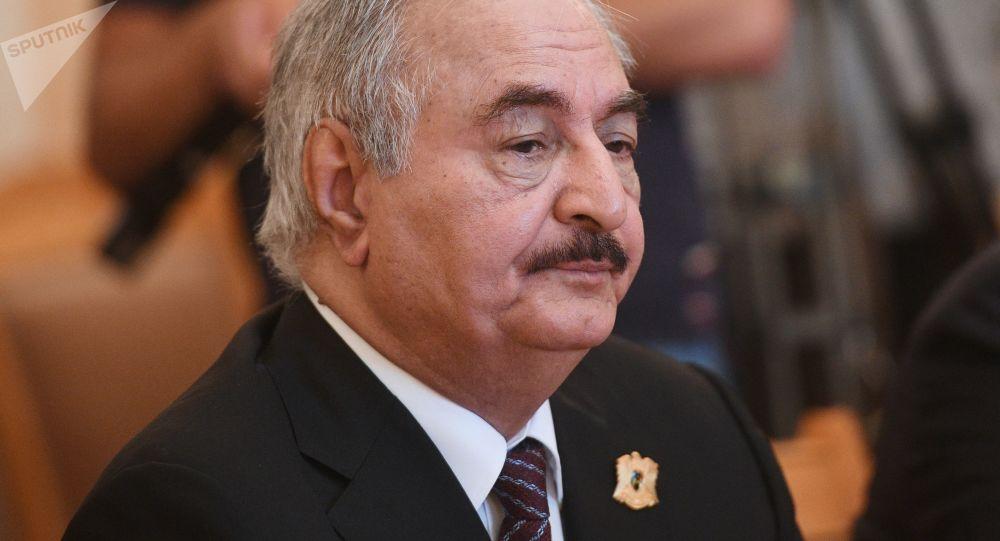 哈夫塔尔:清除恐怖分子后利比亚才可能启动政治进程