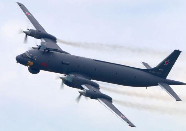 俄太平洋舰队飞机在日本海水域上空搜寻假想敌潜艇