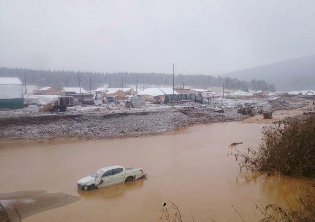消息人士:俄克拉斯诺亚尔斯克边疆区决堤地段的合作社负责人被拘留