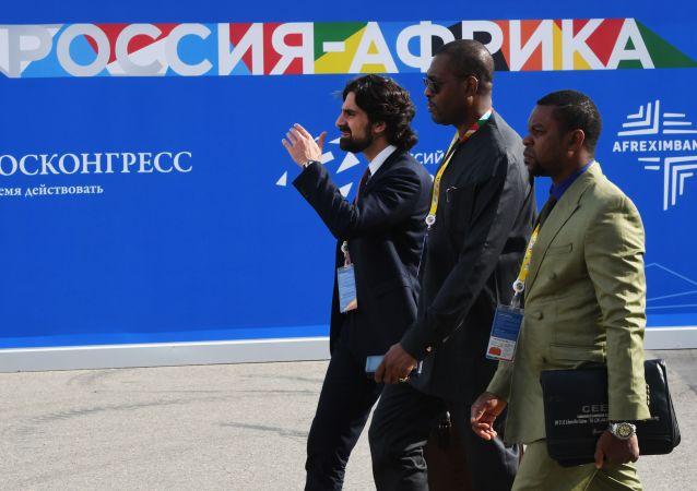 俄方与刚果(布)国企商定就该国石油产品管道项目开展合作