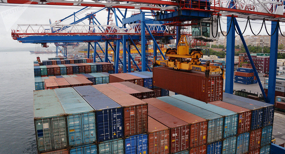 中国海关总署:前10个月中国进出口总值3.74万亿美元 同比下降2.5%