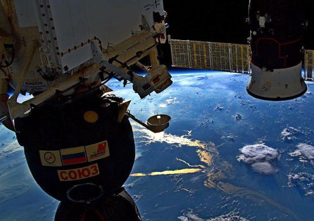 """美国政府采购网:2020-2021年度美国航天局将向俄罗斯购买两个""""联盟号""""飞船的座位"""