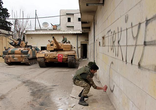 """土方和SDF皆称没有失去对""""伊斯兰国""""俘虏的控制"""