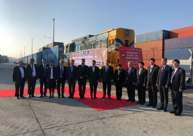 俄铁路集装箱运输公司开通布达佩斯至济南的集装箱列车