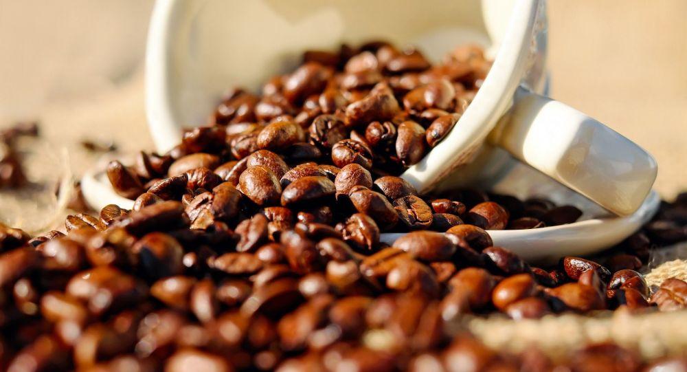 星巴克敦呼吁为保护环境不要在咖啡里加牛奶