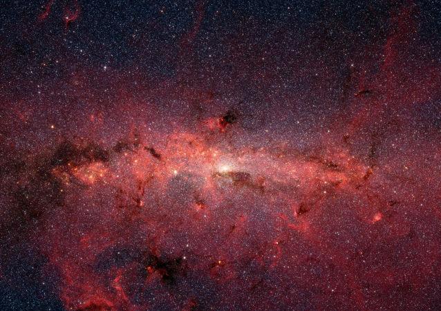 """中国天文学家新发现银河系两处""""恒星摇篮"""""""