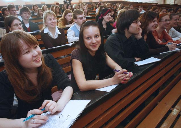 报告:俄罗斯人成为大学公费生变得更加困难