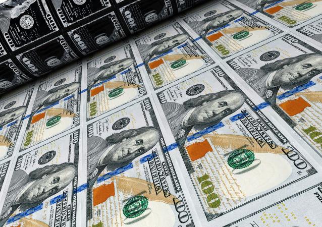 乌兹别克斯坦警方逮捕一名试图售卖面值100万美元银行券的男子