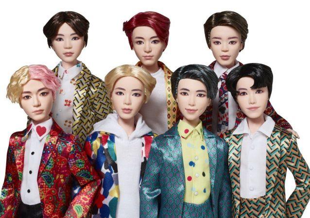 韩国歌手偶像的玩偶