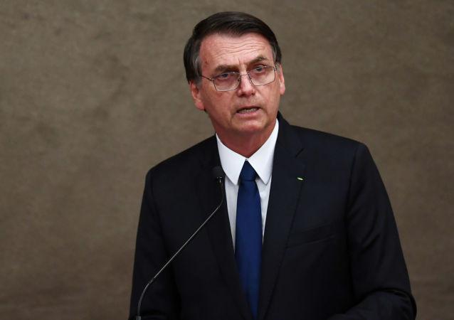 巴西总统称摔倒后曾一度失忆
