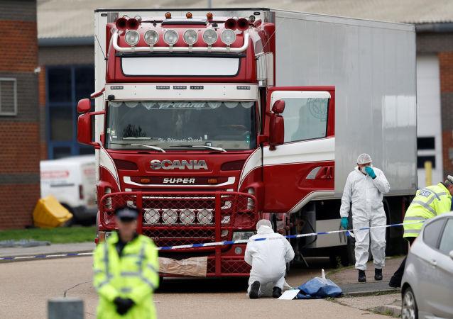 英国货车藏尸案嫌疑人被起诉