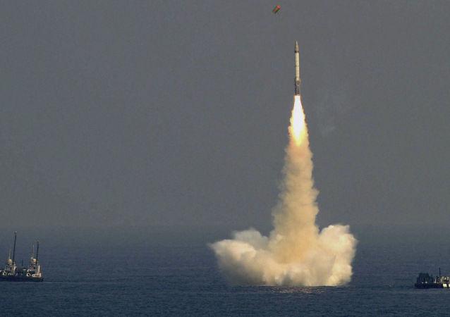印度将于8日试射能携载核弹头的К-4潜射弹道导弹