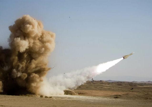 伊朗和土耳其外长讨论了德黑兰对美国驻伊拉克基地的袭击