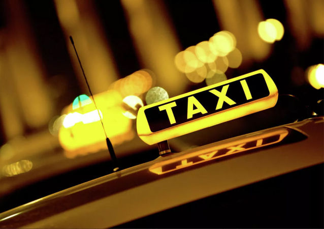 出租汽車(che)