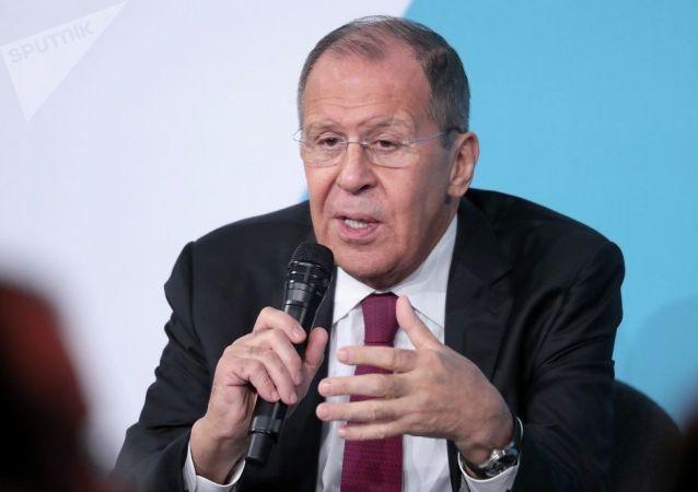 俄外长:俄方知道如何回应北约威胁