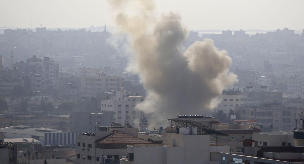 以色列称打击加沙目标为回应来自该地的火箭弹攻
