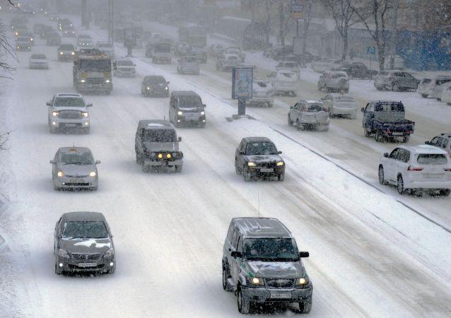 暴风雪(符拉迪沃斯托克)