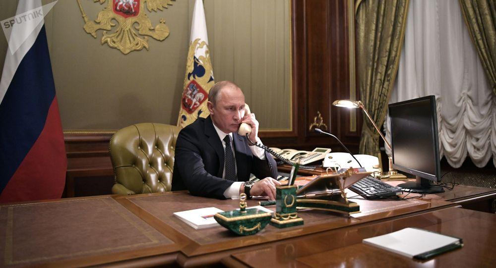 克宫:普京与泽连斯基进行电话交谈