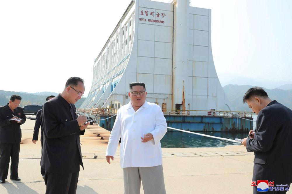 战争就是战争:金正恩视察朝鲜