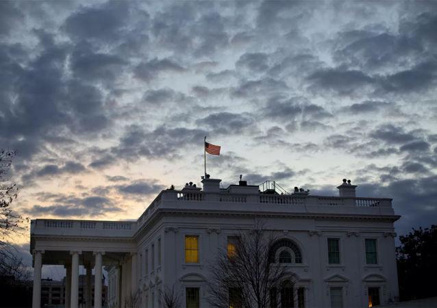 美国白宫为了故意为难中国将在招待会上饮用澳大利亚葡萄酒