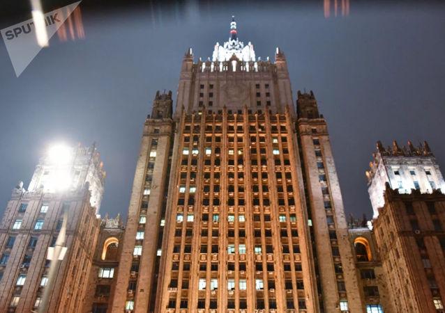 俄外交部:俄否认联合国人权观察团有关虐待被押乌克兰人的指责