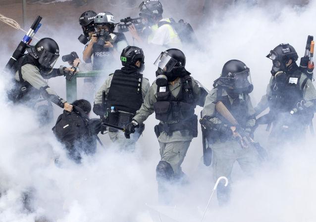 香港警方在五天内拘捕336名抗议者