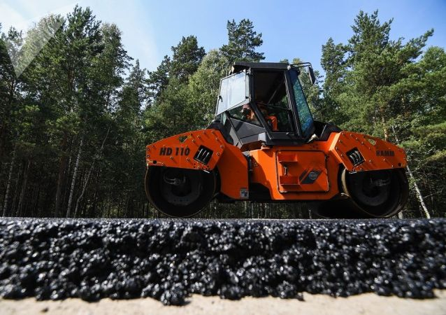 俄副总理宣布将加快欧洲西部-中国西部公路的建设速度