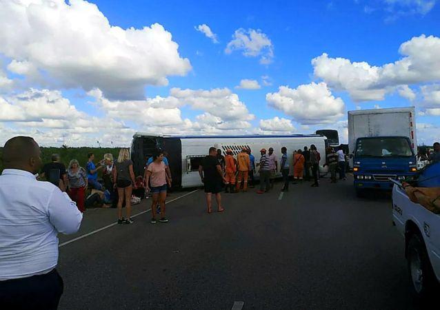 多米尼加运输公司:卡车司机驾驶不当引发交通事故并造成俄公民受伤