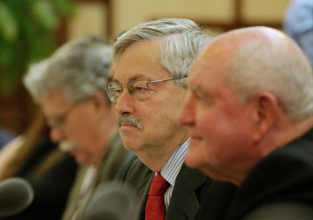美国驻华大使布兰斯塔德