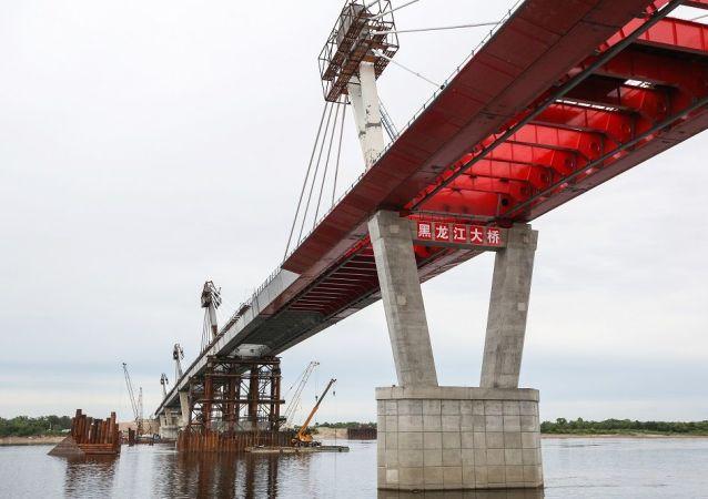 俄中界河大桥
