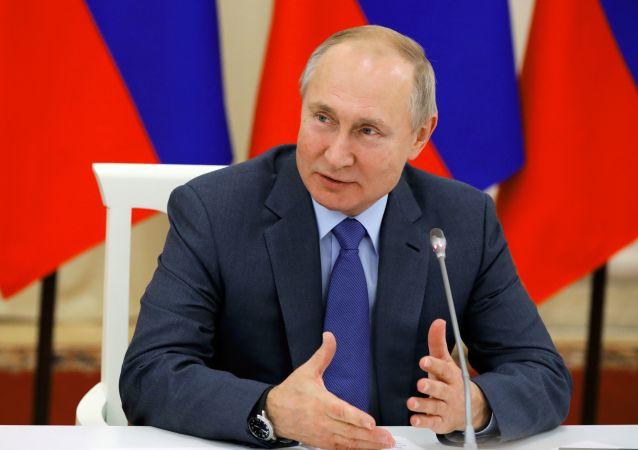 """克宫:普京将与""""诺曼底模式""""参与国领导人在巴黎举行双边会谈"""