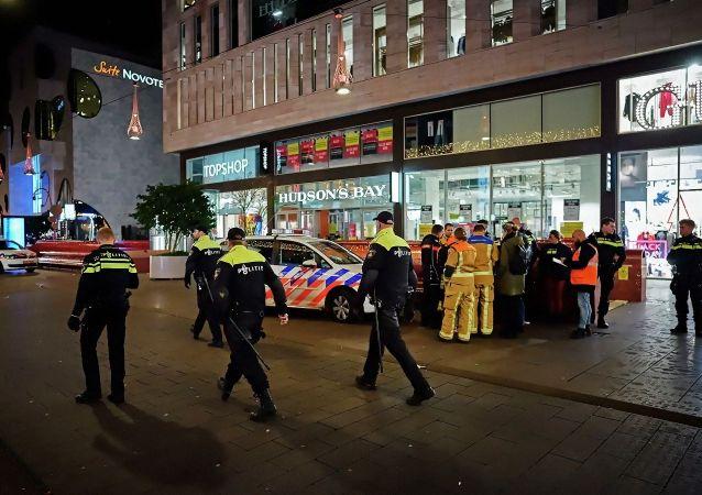荷兰警方:海牙持刀袭击事件伤者已出院