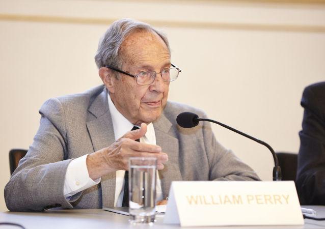 美国前国防部长佩里称当前核灾难危险高于冷战时期