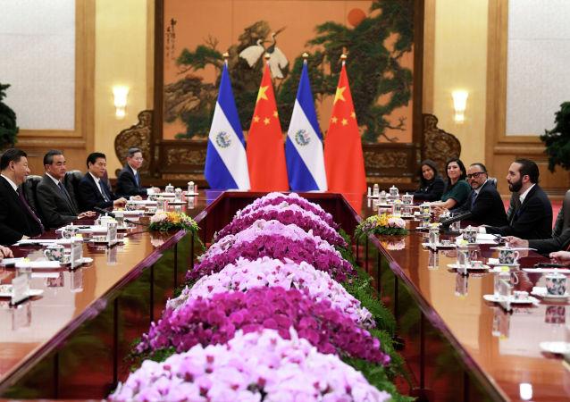 萨尔瓦多相信与中国建交是正确选择
