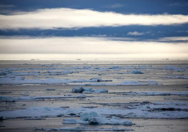 科学家谈论新海洋的形成