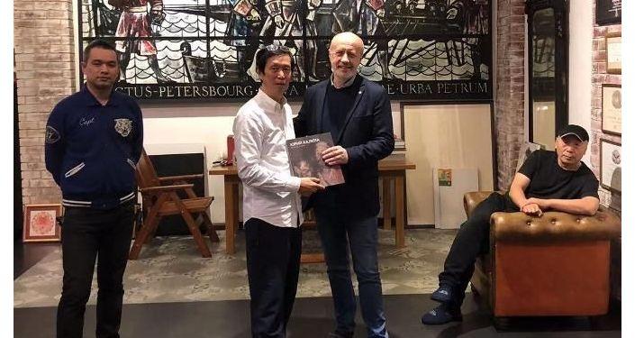 张贯宇和他的中俄画家朋友们