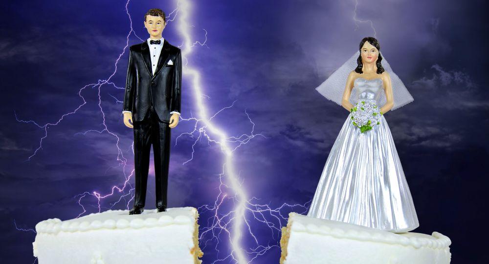外媒:中国离婚率上升是对其它世界的警告