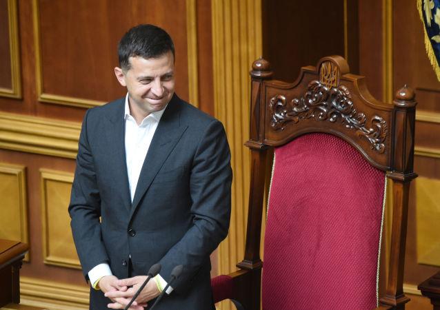 乌克兰最高拉达代表称泽连斯基落入思想意识圈套