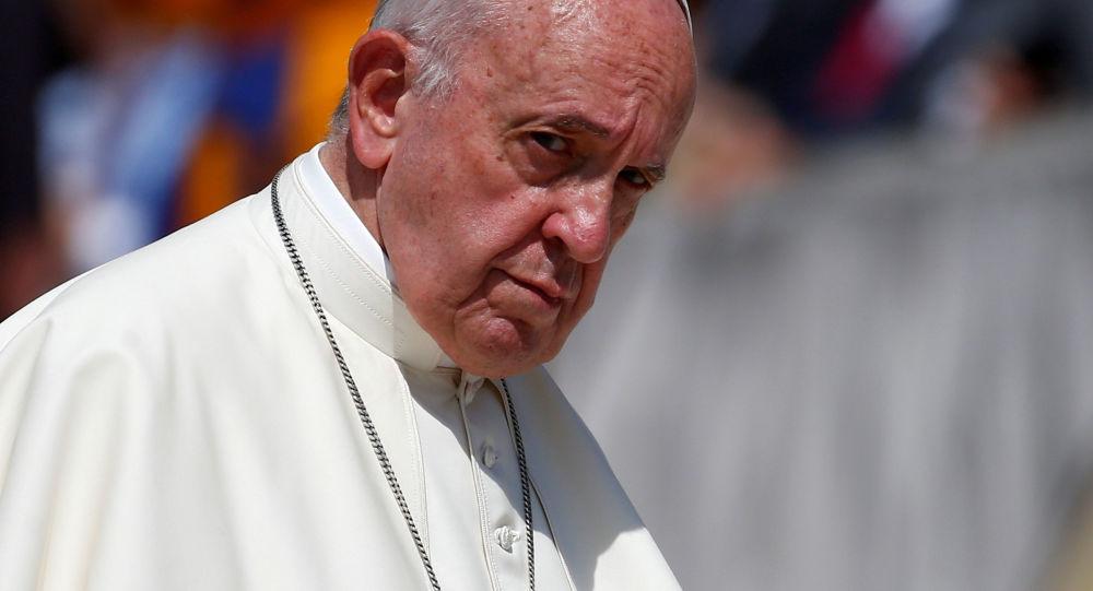 """罗马教皇取消了用于隐藏神职人员性暴力事件的""""教皇保密""""制度"""
