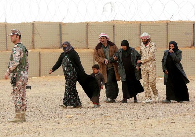 460多名难民过去一天内从黎巴嫩返回叙利亚