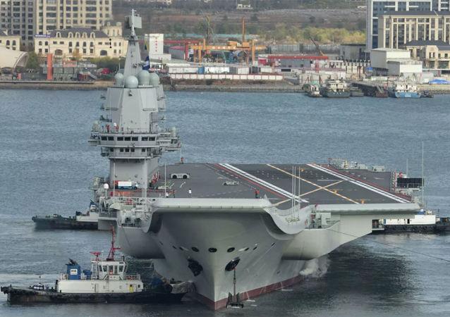中国海军山东舰