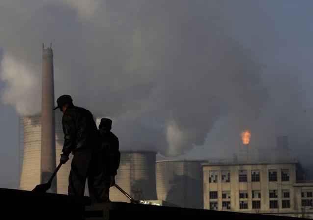 报告:中国温室气体排放量超过发达国家总和