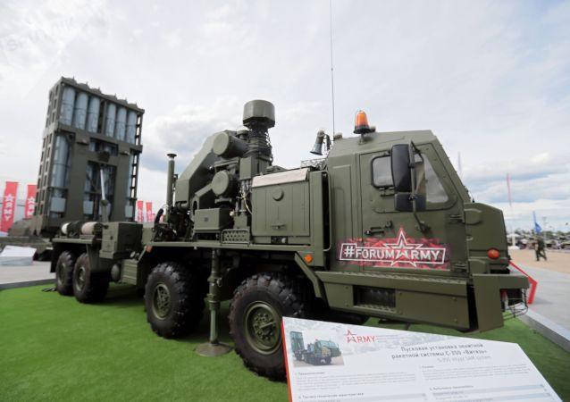 俄军未来7年内将接装12个营S-350防空导弹系统